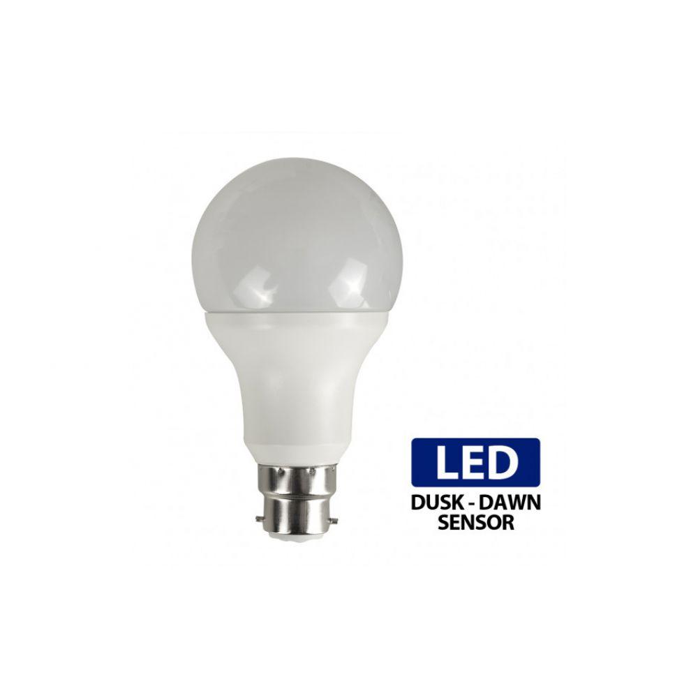 7 Watt Bc B22mm Dusk To Dawn Led Bulb Neutral Cool White