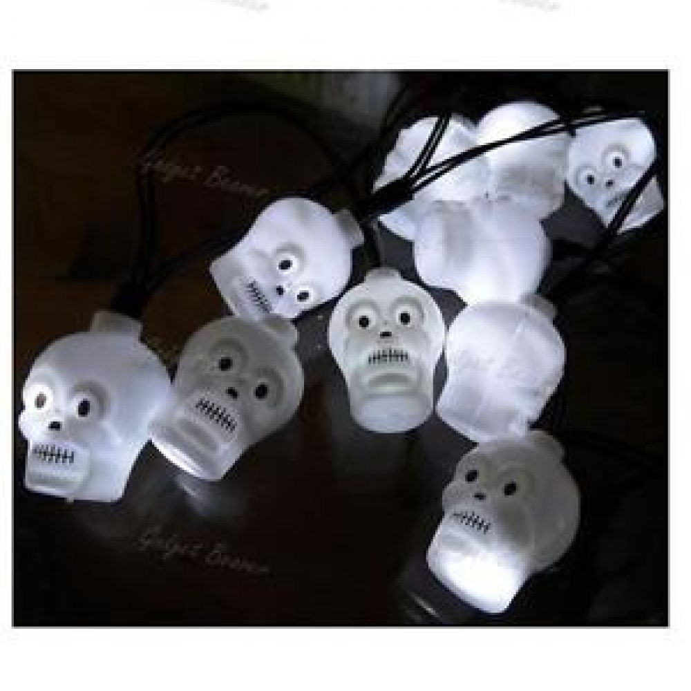 12x Mini LED Skull Halloween Party Lights On A 170cm String