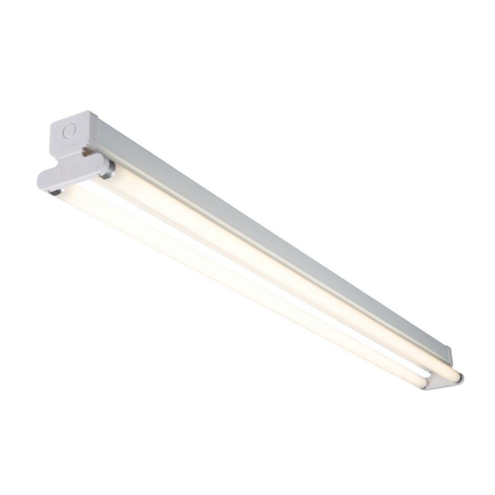 Fluorescent Light Batten Fittings: Twin 36 Watt 4ft T8 Emergency Rated Fluorescent Batten Fitting